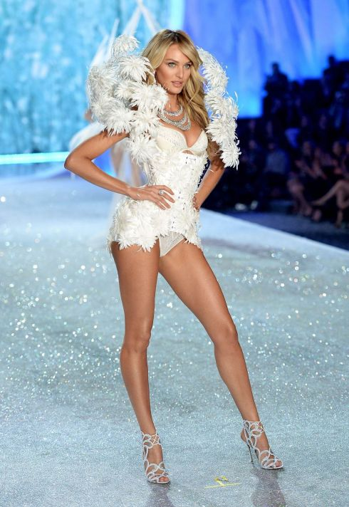 candice-swanepoel-at-2013-victoria-s-secret-fashion-show-in-new-york-3