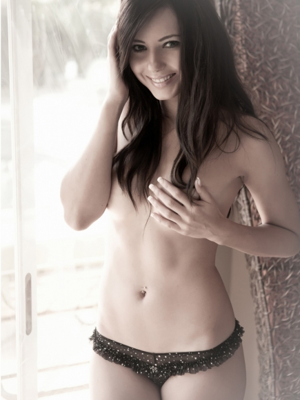 Merican Babe of the Day - Natasha Belle